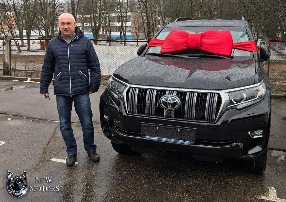TOYOTA Land Cruiser 150 с доставкой в Минск