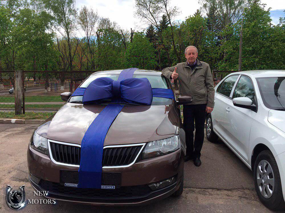 Новая Шкода Рапид в Минске с доставкой