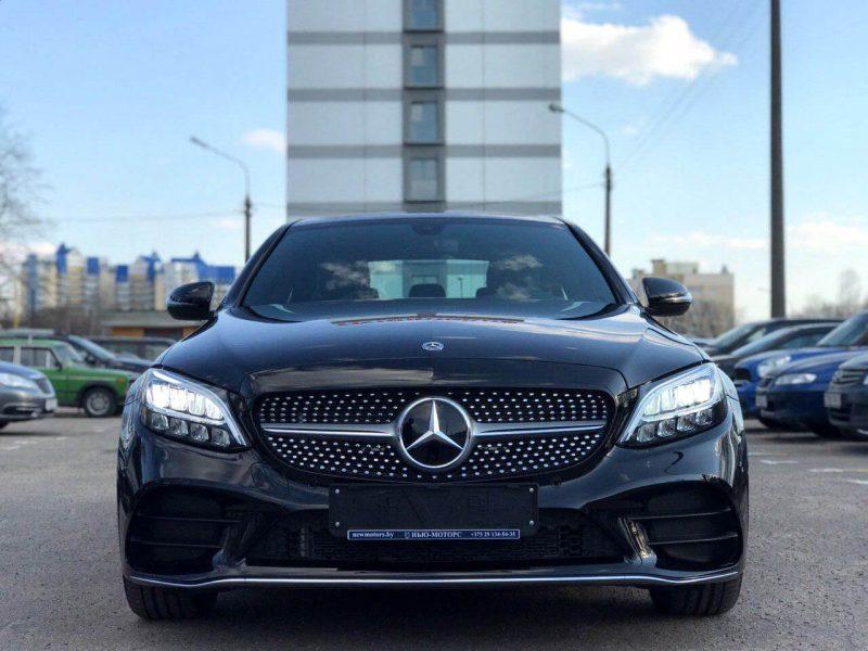Mercedes-Benz C300 Sport (3)